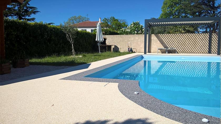 am nagement contour de piscine r sine drainante. Black Bedroom Furniture Sets. Home Design Ideas