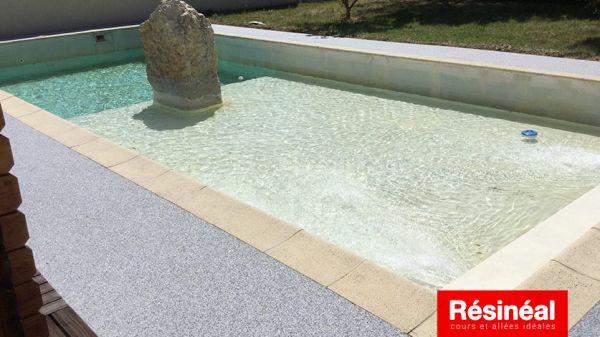 contour-de-piscine-antiderapant-4
