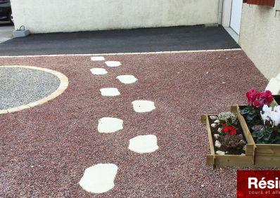 Terrasse en stabilisateur de gravier, pavés et enrobé